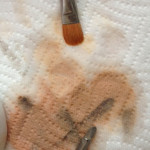 clean your makeup brushes 150x150 Clean Makeup Brushes   How to Tutorial