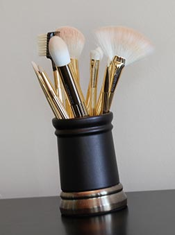makeup vanity Sonia Kashuk Makeup Brush Review   10 Brush Review Gold Limited Edition