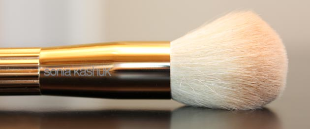 sonia kashuk domed powder brush Sonia Kashuk Makeup Brush Review   10 Brush Review Gold Limited Edition